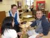 Early Experience teacher helps
